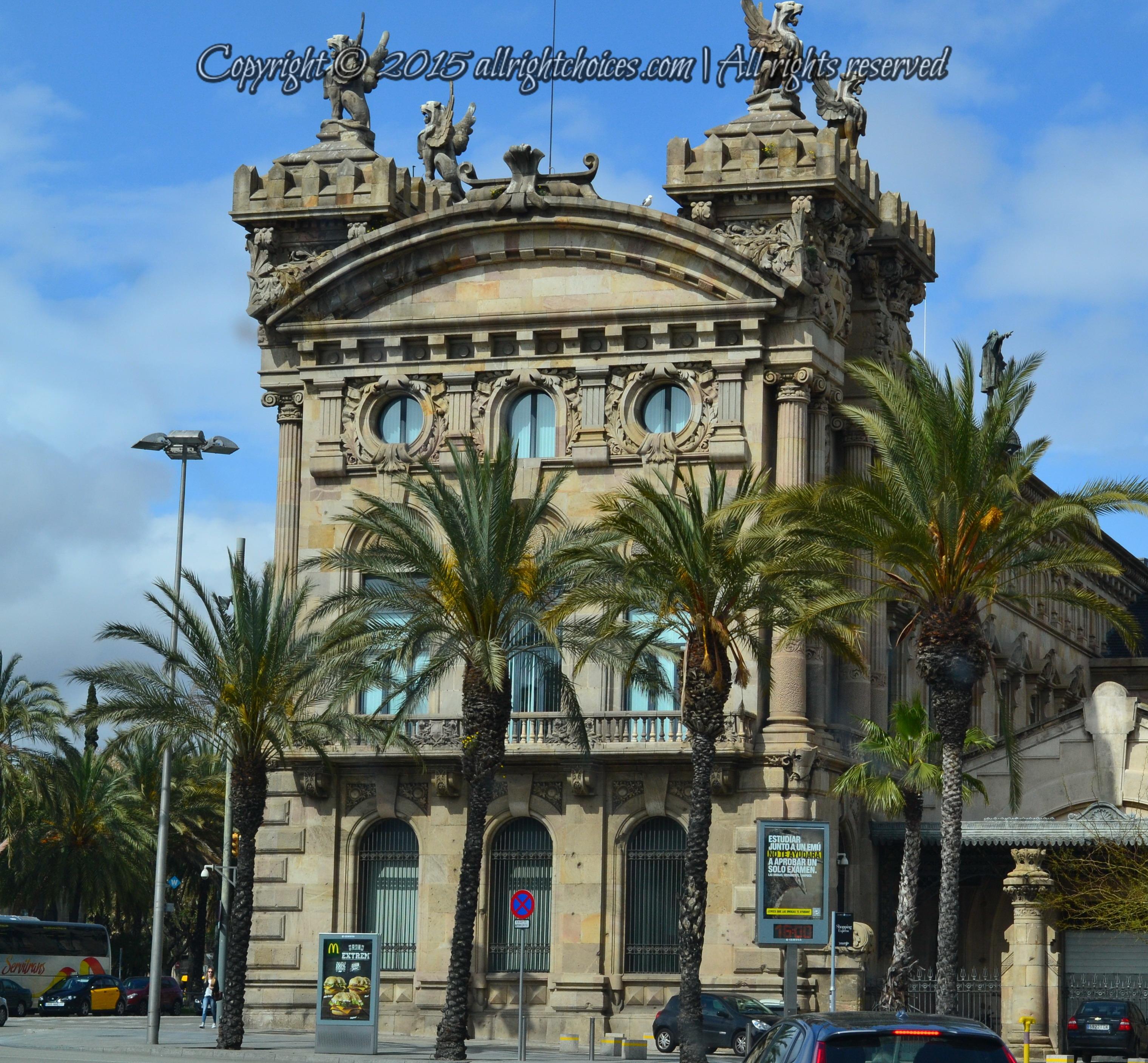 Barcelona City: Barcelona – City Of Color, Life And Gaudí